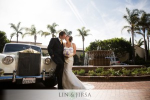 Starr and matt chose a phantom Rolls Royce to transport them to the ceremony. A perfect car for our leading couple.